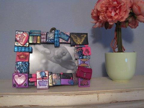 Clay frame with fuchsia MAC